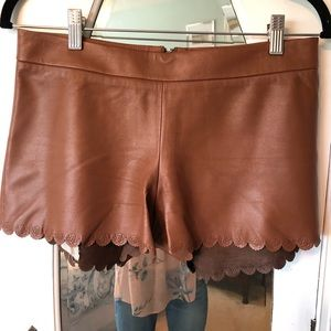 🔥Alice + Olivia Leather shorts